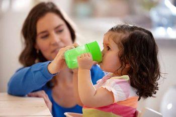 Philips Avent első ivópohár 260 ml zöld
