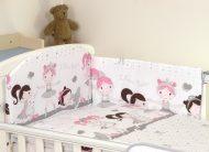 MamaKiddies Baby Bear 5 részes ágynemű 360°-os rácsvédővel fehér-szürke színben balett mintával