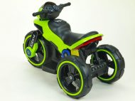 Zöld elektromos rendőrmotor